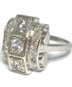 Brilliant cut Diamond dog head french Platinum Deco Ring, with 3 principle diamonds