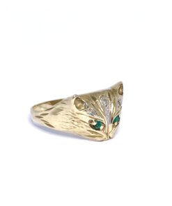 Vintage Cat Ring 9ct With Emerald Set Eyes and Diamond Details
